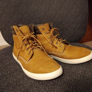 Women's Timberland Boots, size 9